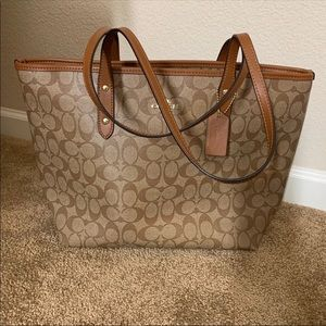 Reversible Coach Tote bag